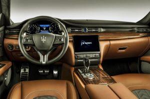 2019 Maserati Levante GTS iç tasarımı